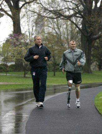 bush_jogging-with-soldier